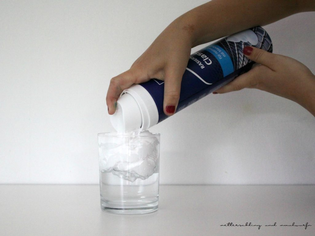 4 Experimente Mit Lebensmittelfarbe 3+ Und 6+ für Experiment Mit Wasser Öl Und Lebensmittelfarbe