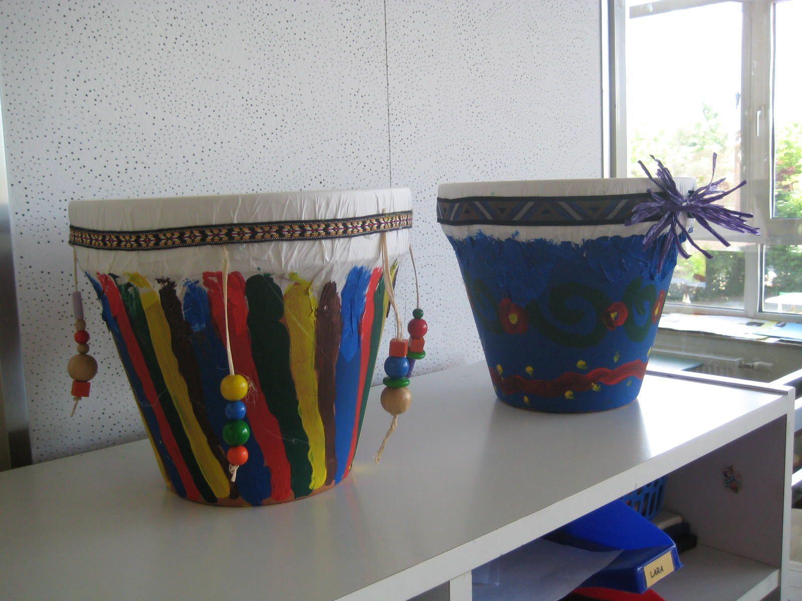 Afrikanische Trommeln Basteln | Instrumente Basteln verwandt mit Trommel Basteln Blumentopf