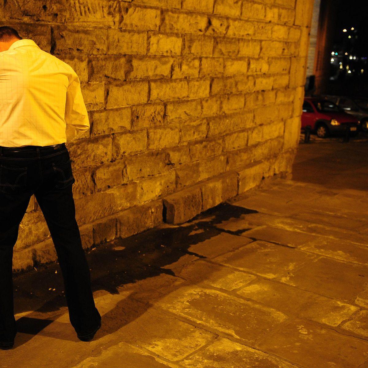 Alkohol Auf Klassenfahrt: Betrunkener Lehrer Fällt Treppe in Alkohol Auf Klassenfahrt Konsequenzen