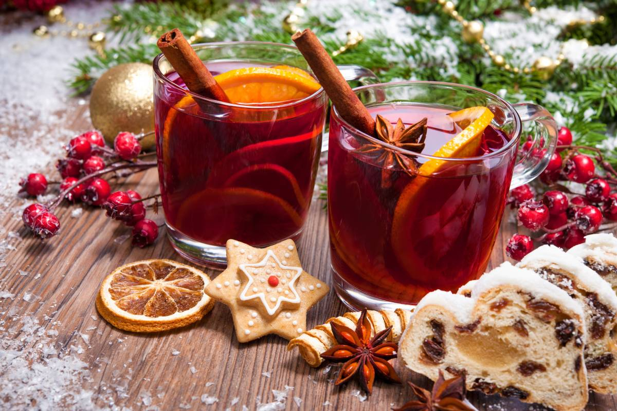 Alkoholfreier Winterlicher Apfel-Holunder-Punsch bestimmt für Weihnachtlicher Apfelpunsch Ohne Alkohol