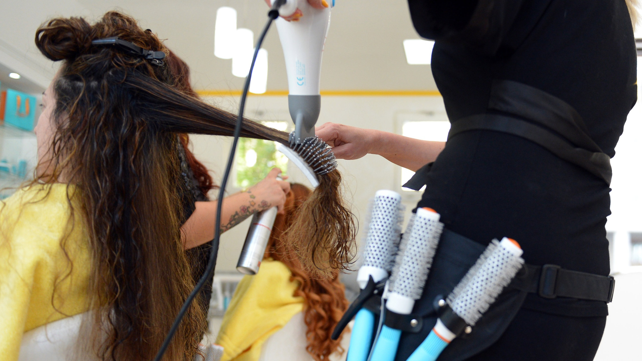Anatomie Des Menschen: Haare - Haare - Natur - Planet Wissen über Wieviel Haare Hat Der Mensch Auf Dem Kopf