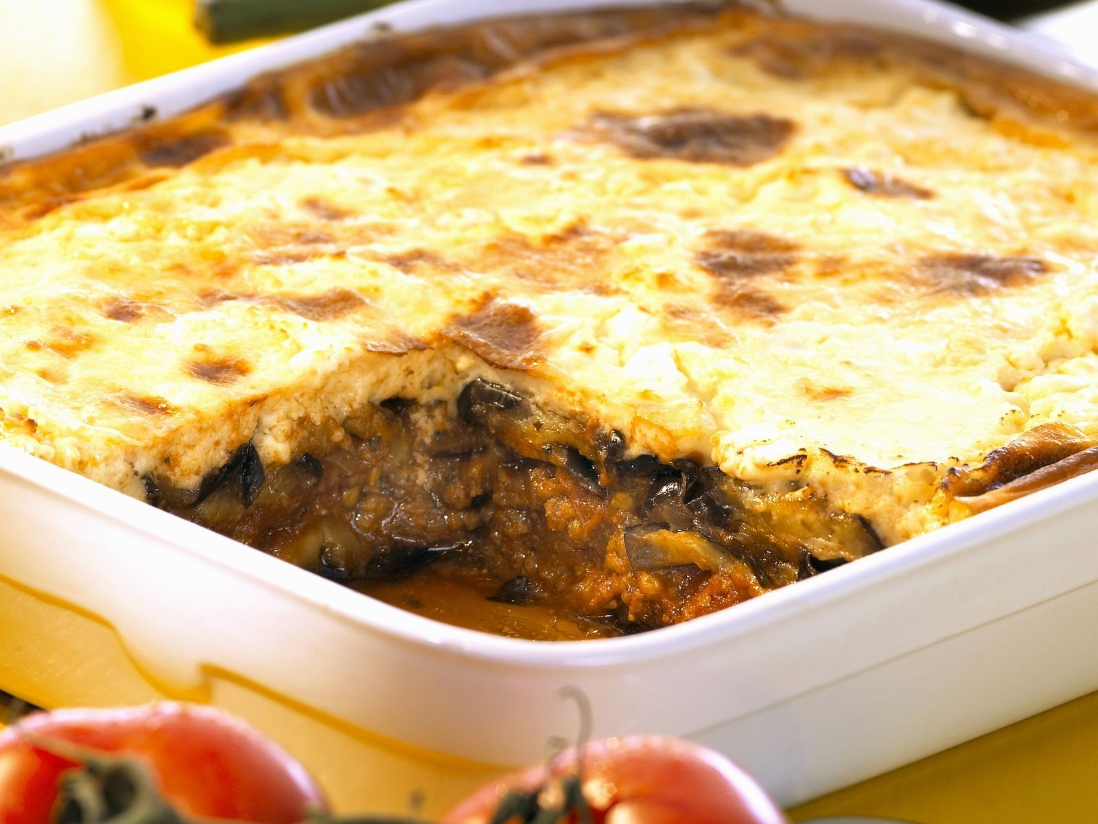 Auberginen-Hackfleisch-Auflauf (Moussaka) ganzes Moussaka Rezept Kartoffeln Hackfleisch