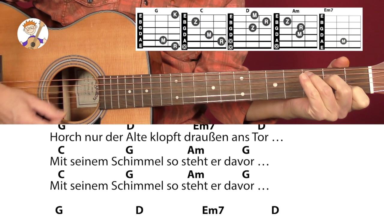 Bald Nun Ist Weihnachtszeit, Weihnachtslied Mit Akkorden & Text Für Gitarre! in Bald Nun Ist Weihnachtszeit Text