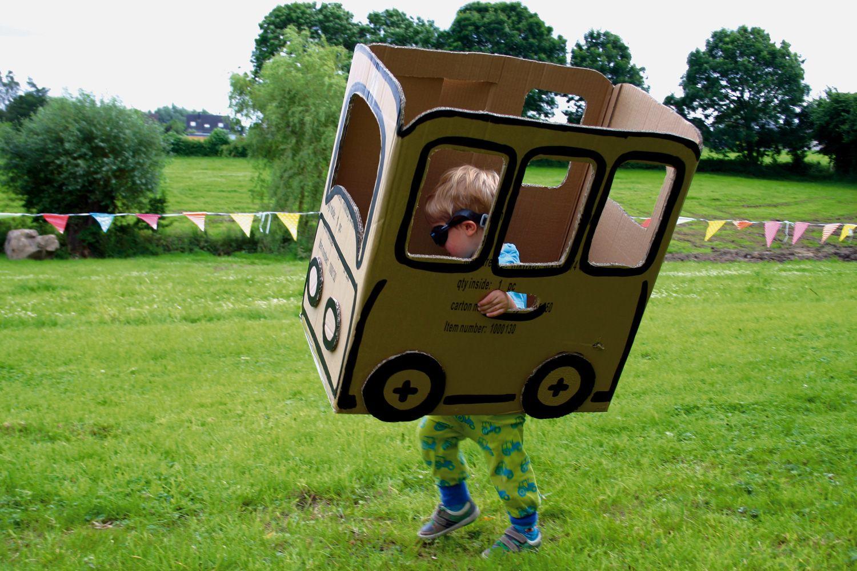 Bus Aus Pappe Basteln | Dansenfeesten | Basteln ganzes Bastelvorlage Bus