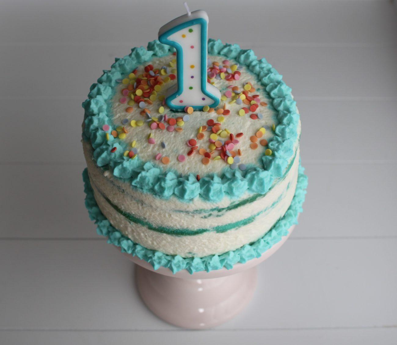 Cake Smash Torte, Ganz Einfach Selbst Herstellen mit Geburtstagstorte Zum 1 Geburtstag