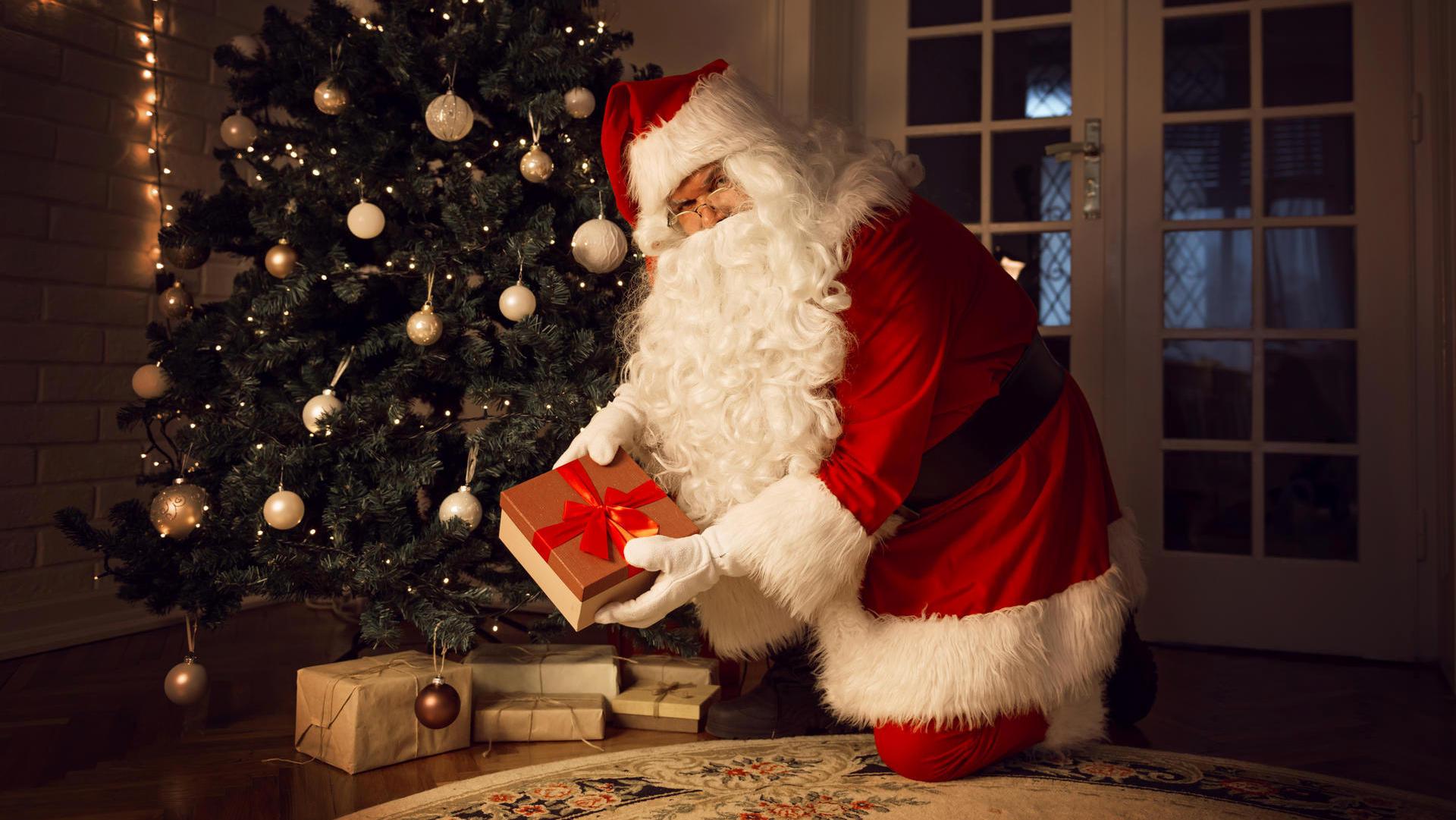 Christkind Oder Weihnachtsmann – Wer Bringt Die Geschenke? bestimmt für Weihnachtsmann Kinder