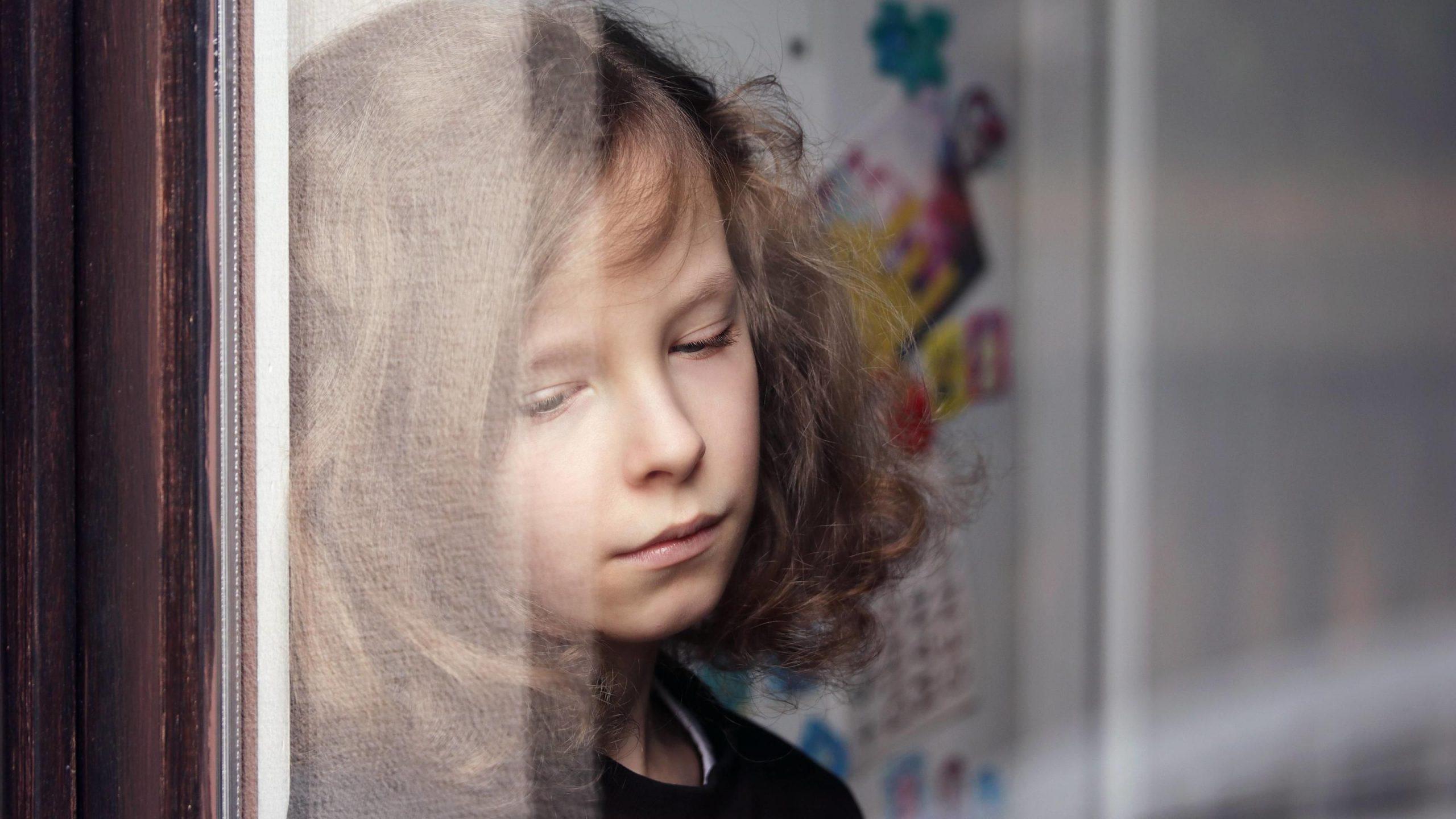 Corona: Schadet Social Distancing Der Kinderseele? innen Mein Kind Hat Keine Freunde In Der Schule
