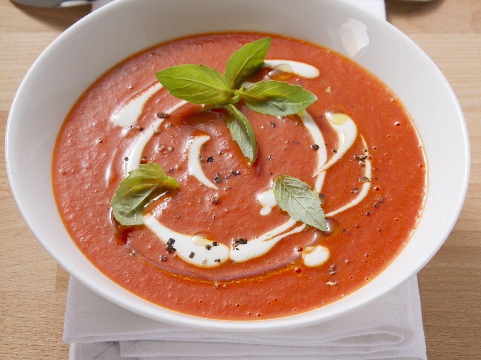 Cremige Tomatensuppe bei Tomatensuppe Selber Machen Mit Frischen Tomaten