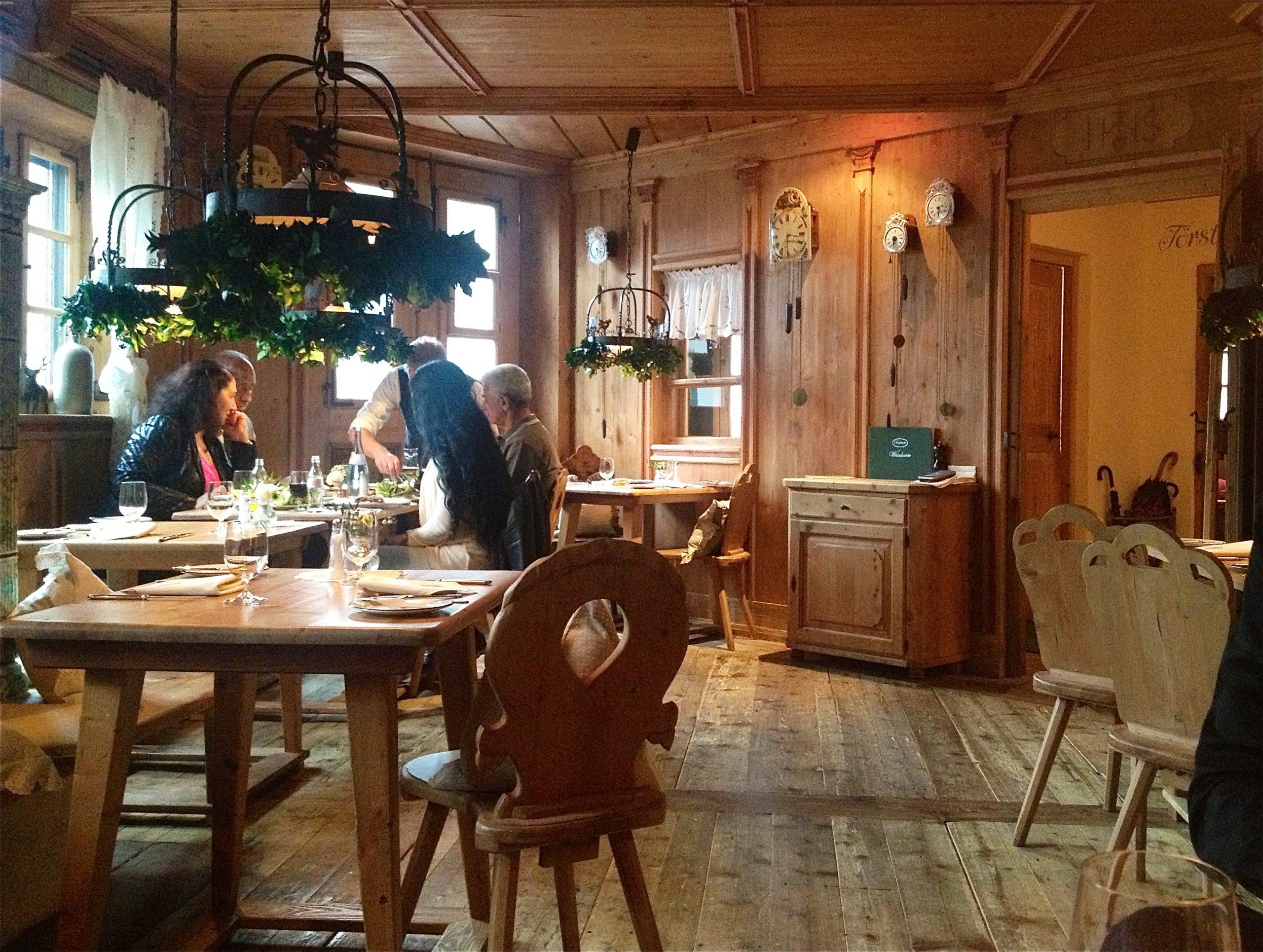 Der Ideale Ort Für (Romantische) Kurztrips: Düsseldorf mit Romantisches Dinner Düsseldorf