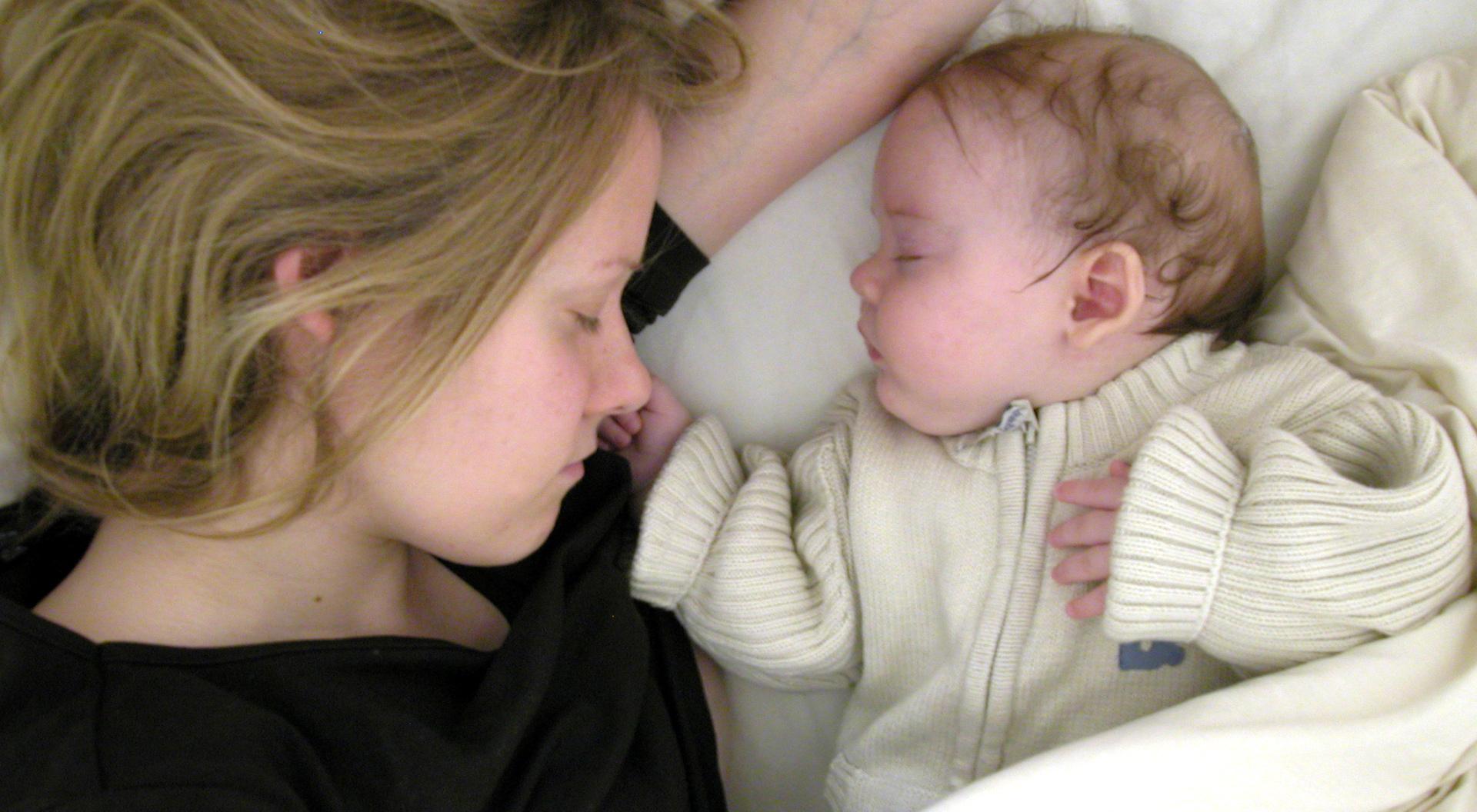 Die Ewige Schlaflüge - Von Guten Eltern bei Baby Atmet Nach Geburt Nicht Selbstständig