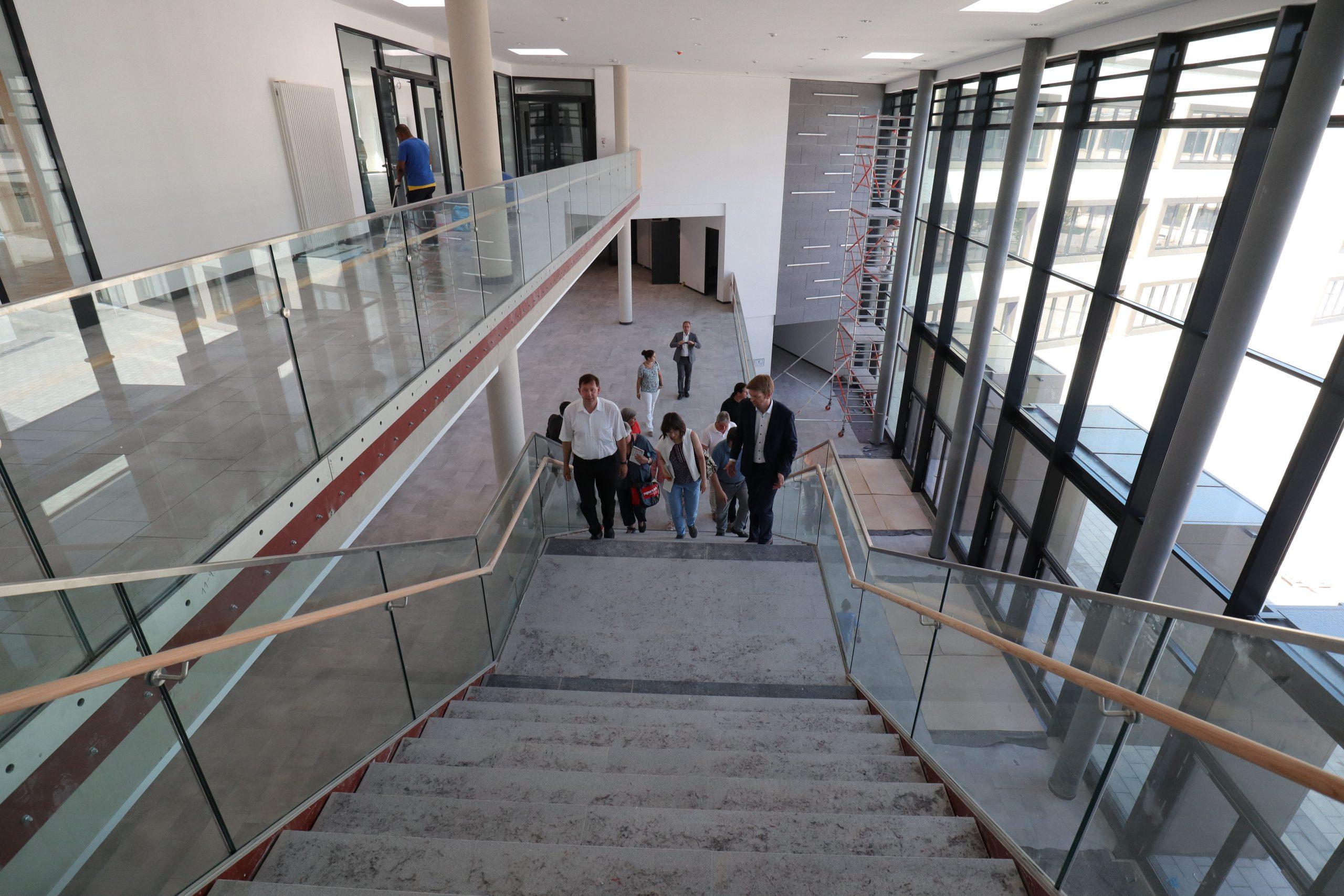 Die Neue Albrecht-Dürer-Schule In Benrath Ist Auf Der bei Albrecht Dürer Schule Düsseldorf