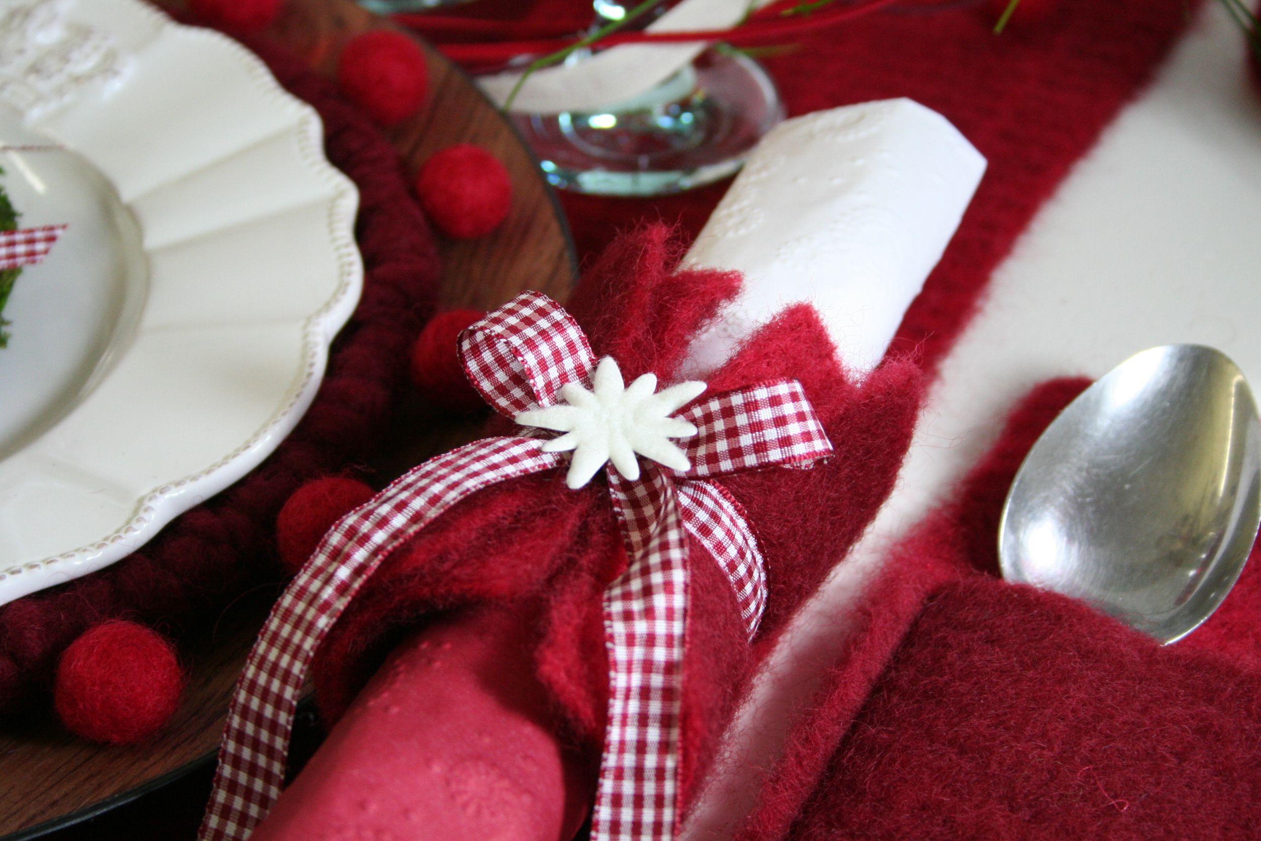 Diy Serviettenring Aus Wollvlies - Leicht Herzustellen Diy innen Serviettenringe Selber Machen Weihnachten