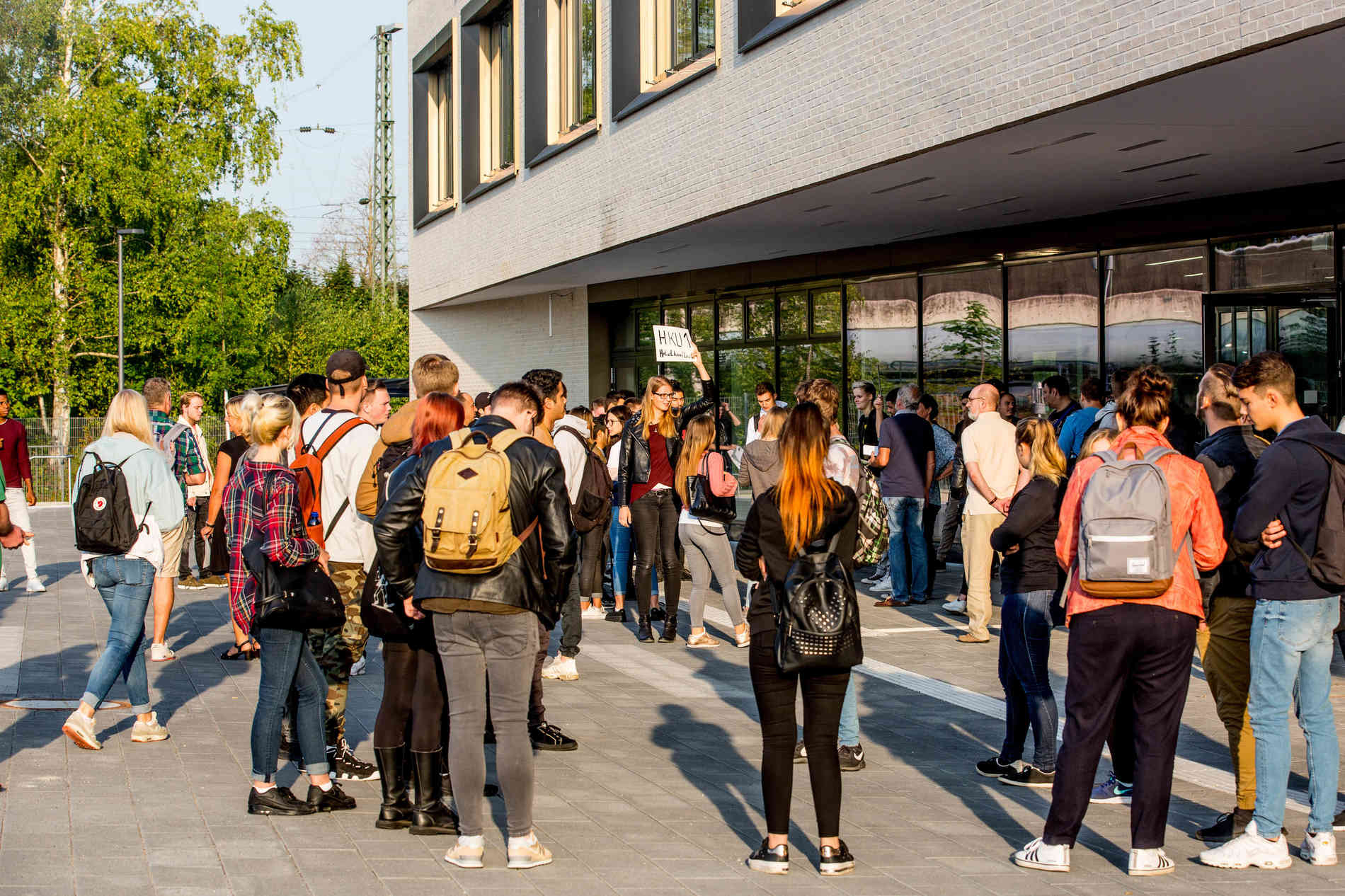 Düsseldorf-Benrath: Erster Schultag Am Neuen Albrecht-Dürer bestimmt für Albrecht Dürer Schule Düsseldorf