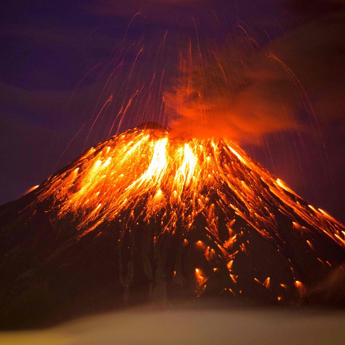 Ecuador: Vulkan Tungurahua Macht Feuerwerk - Der Spiegel über Was Passiert Bei Einem Vulkanausbruch