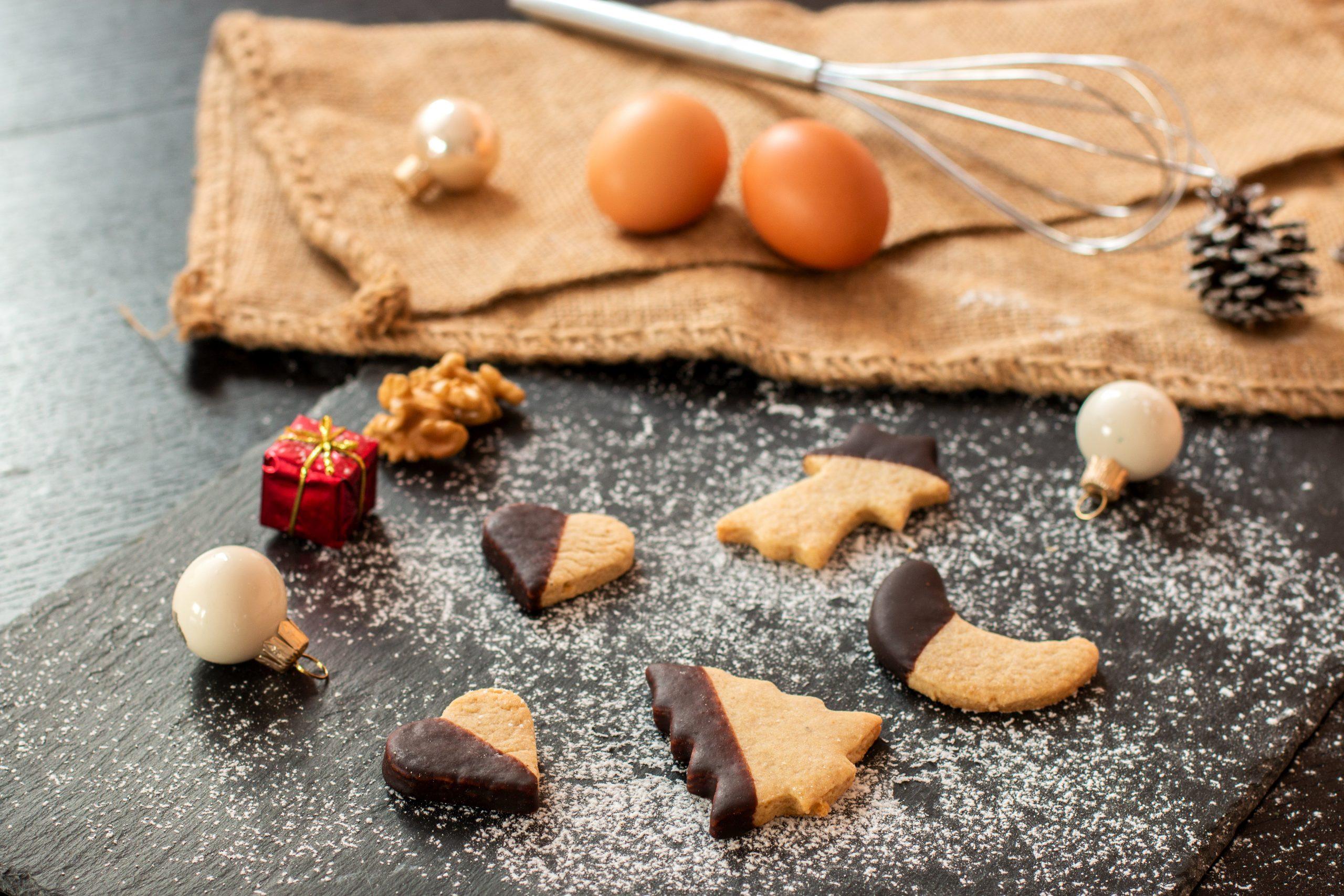 Einfache Nuss-Plätzchen Mit Schokoecke über Einfache Rezepte Für Plätzchen Weihnachten