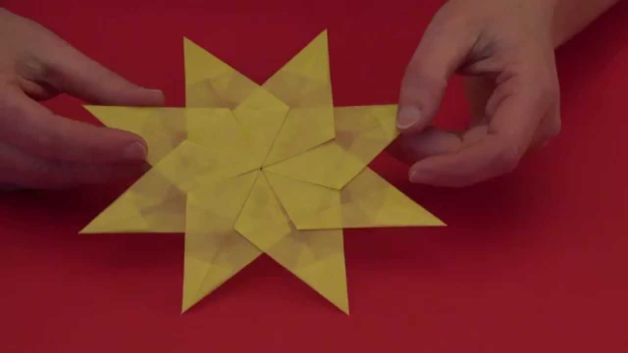 Einfacher Falt - Stern Zu Weihnachten - Mit Kindern Gut Zu Basteln innen Sterne Basteln Mit Krippenkindern
