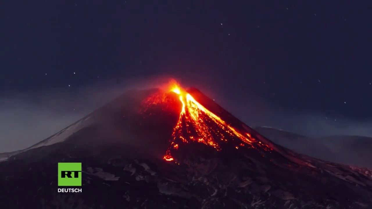 Europas Größter Vulkan Ausgebrochen - Zeitraffervideo Zeigt Lavaströme für Wie Heißt Der Größte Vulkan Der Welt