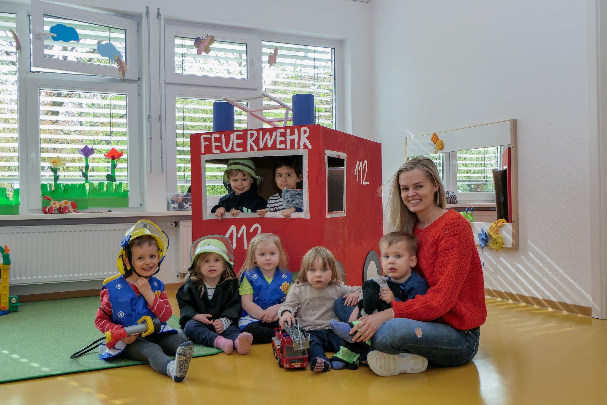 Feuerwehrprojekt Kita Monopoli: Vanessa Enns Startete Ein über Thema Feuerwehr Im Kindergarten Basteln