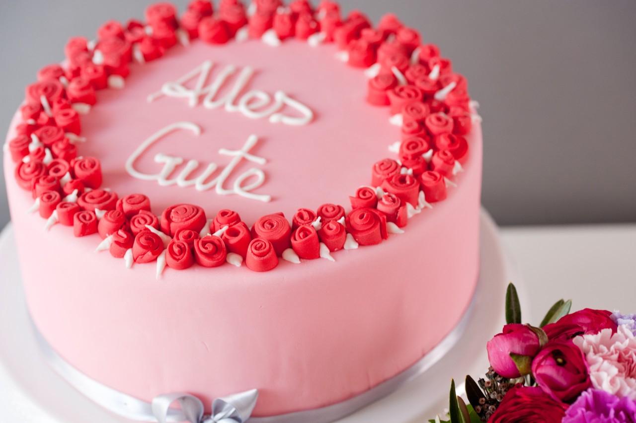 Fondant Torte Mit Rosen Zum Geburtstag ganzes Torte Für Geburtstag