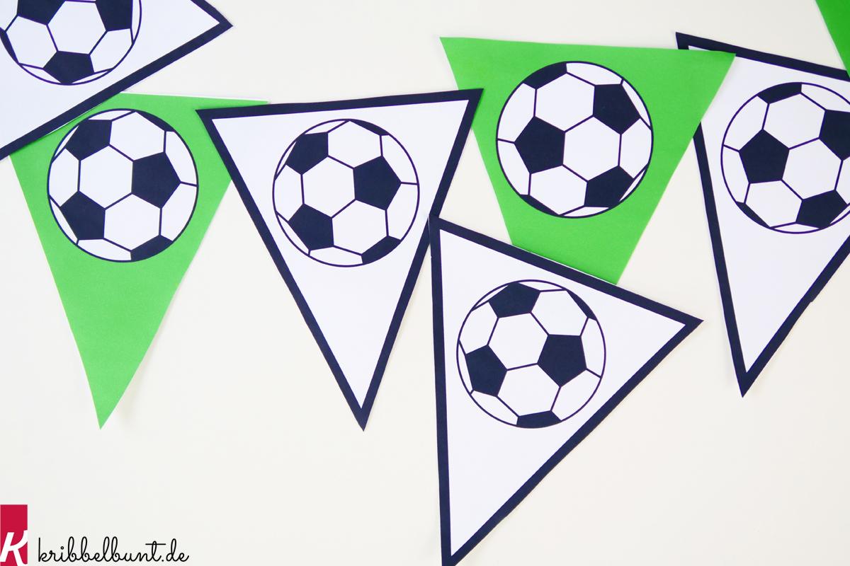 Fußball Vorlage » Fußball Muster Zum Ausdrucken | Kribbelbunt bestimmt für Fussball Vorlagen Zum Ausdrucken