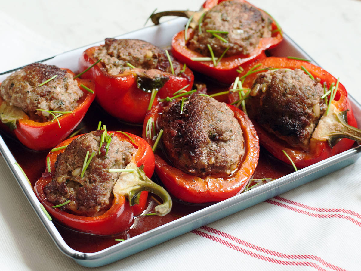 Gefüllte Paprika Mit Hackfleisch bei Gefüllte Paprika Mit Hackfleisch Einfach
