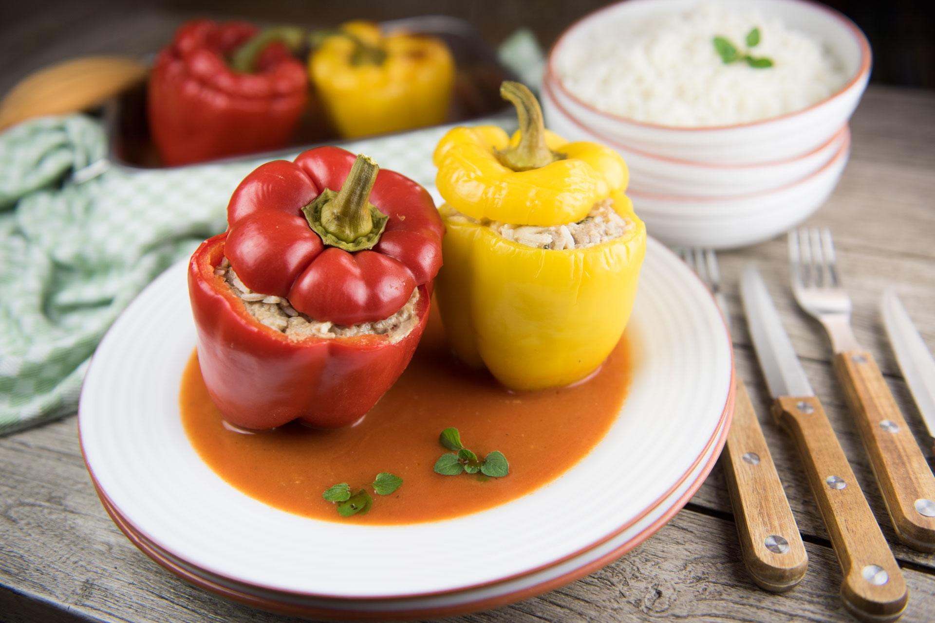 Gefüllte Paprikaschoten Ungarischer Art mit Gefüllte Paprika Mit Hackfleisch Einfach