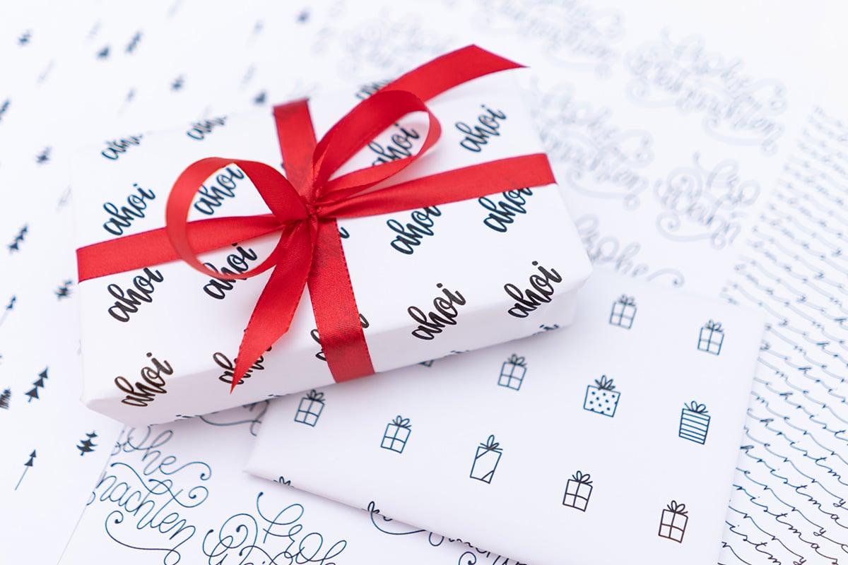 Geschenkpapier Zum Ausdrucken (Kostenlose Vorlagen) verwandt mit Geschenkpapier Kostenlos Ausdrucken