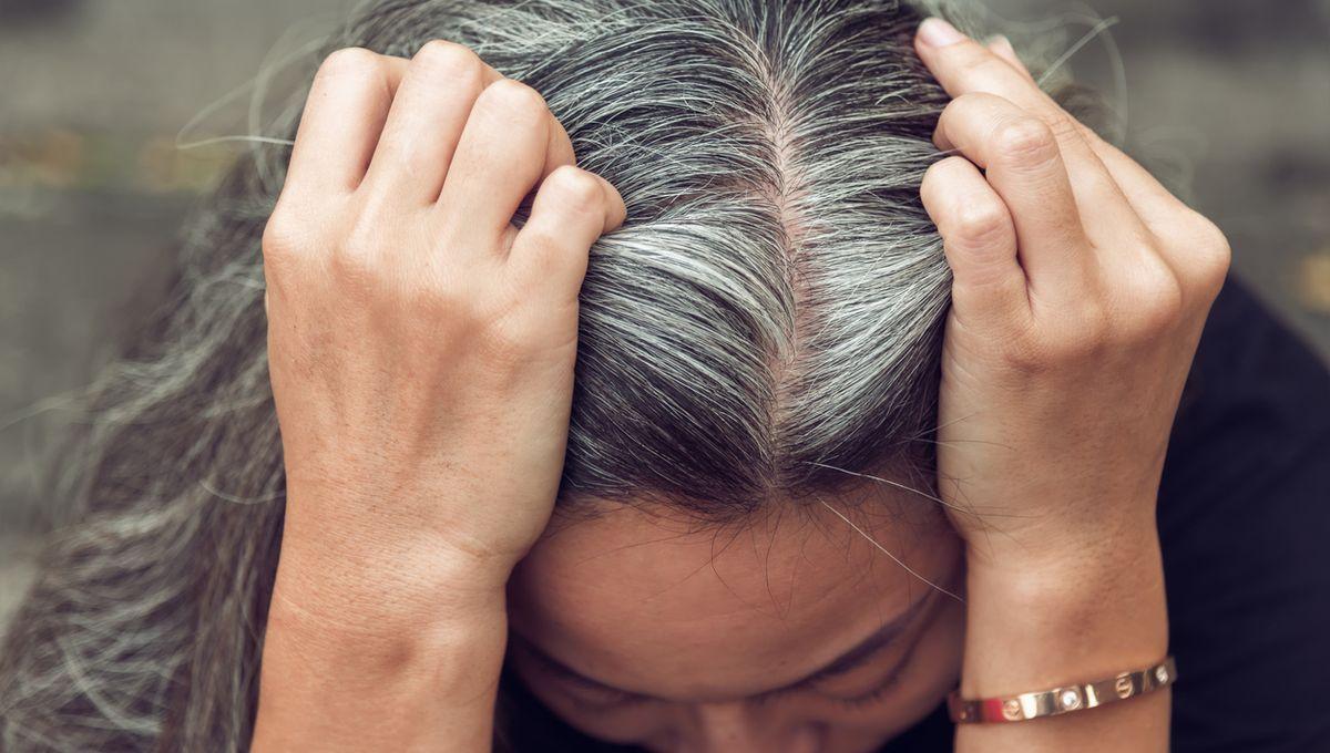 Graue Haare Mit 30: Was Haare Zu Früh Grau Macht Und Wie Die ganzes Haare Färben Wie Das Grau Verschwindet