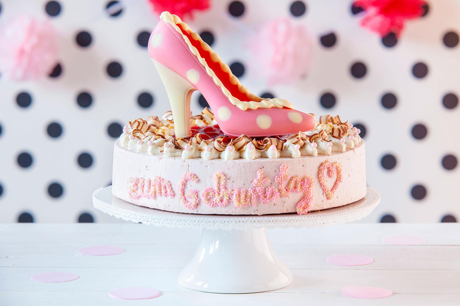 Happy Birthday Kuchen & Torte: Rezepte Mit Kerzen & Schriftzug » innen Torte Happy Birthday