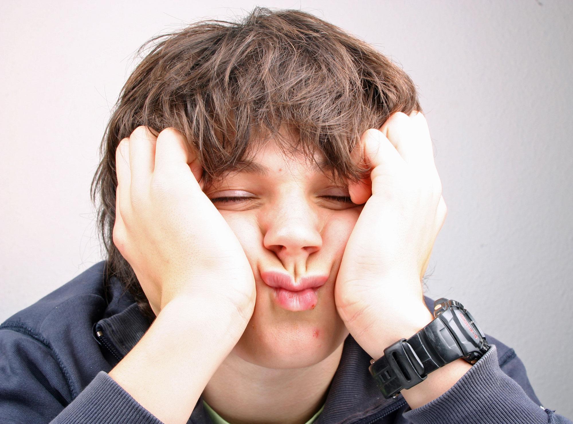 Hilfe, Mein 14-Jähriger Sohn Ist So Antriebslos! verwandt mit Mein Kind Hat Keine Freunde In Der Schule