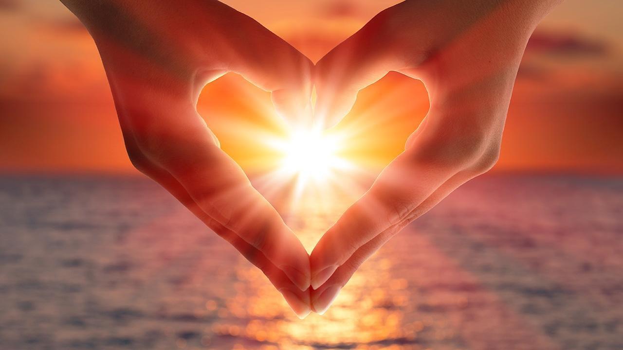 Hintergrundbilder: Hintergrundbilder Kostenlos - Herzen Zum ganzes Herzen Bilder Kostenlos