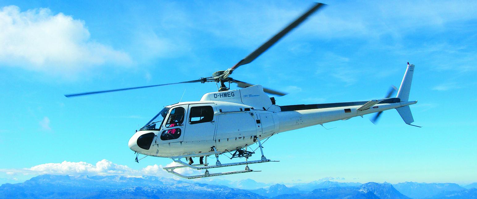 Hubschrauber Rundflug Salzkammergut 30 Min - Salzburg Adventures mit Hubschrauber Rundflug Salzburg