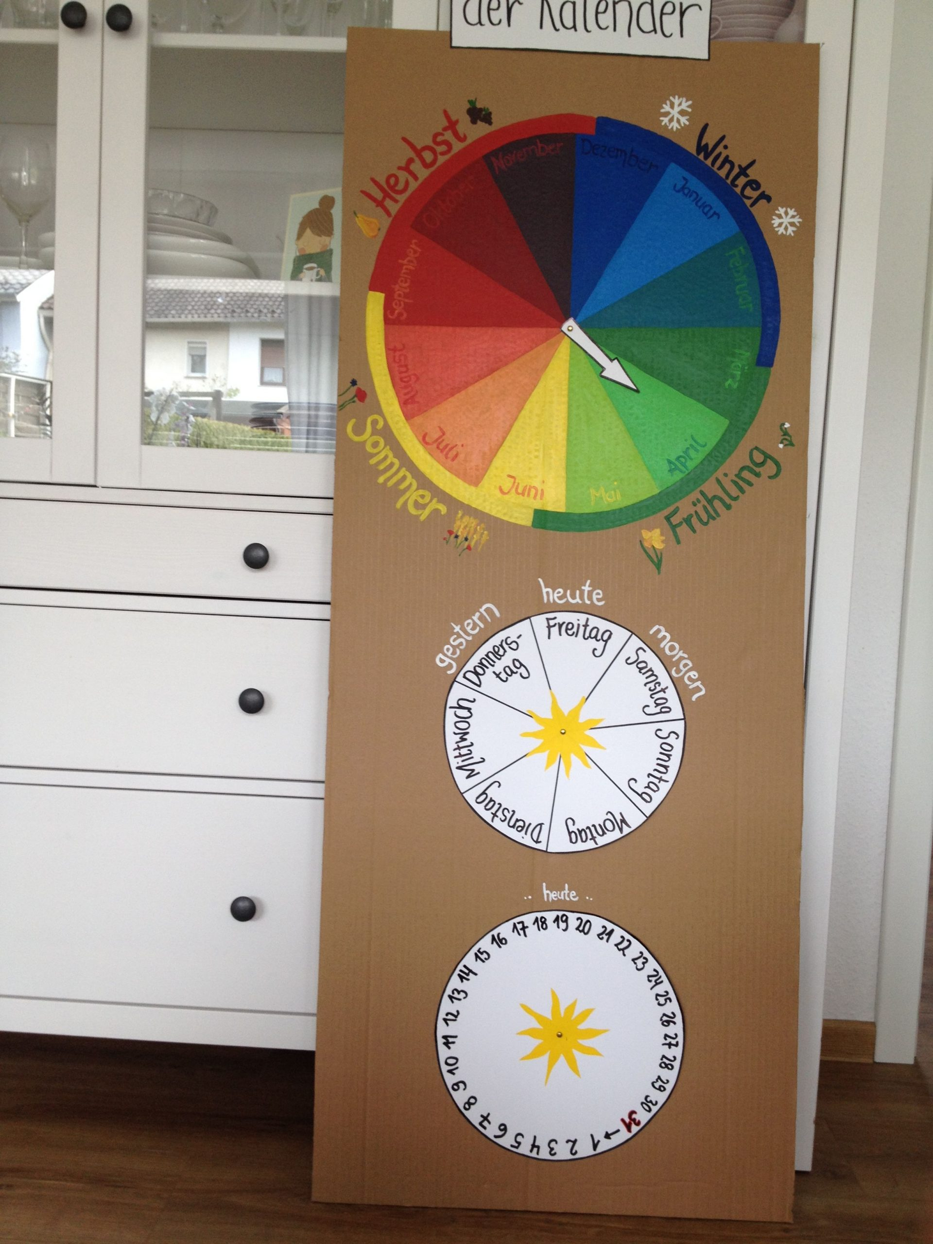Jahresuhr Kalender Kinder Und Schule | Kalender Für Kinder bei Kalender Kindergarten