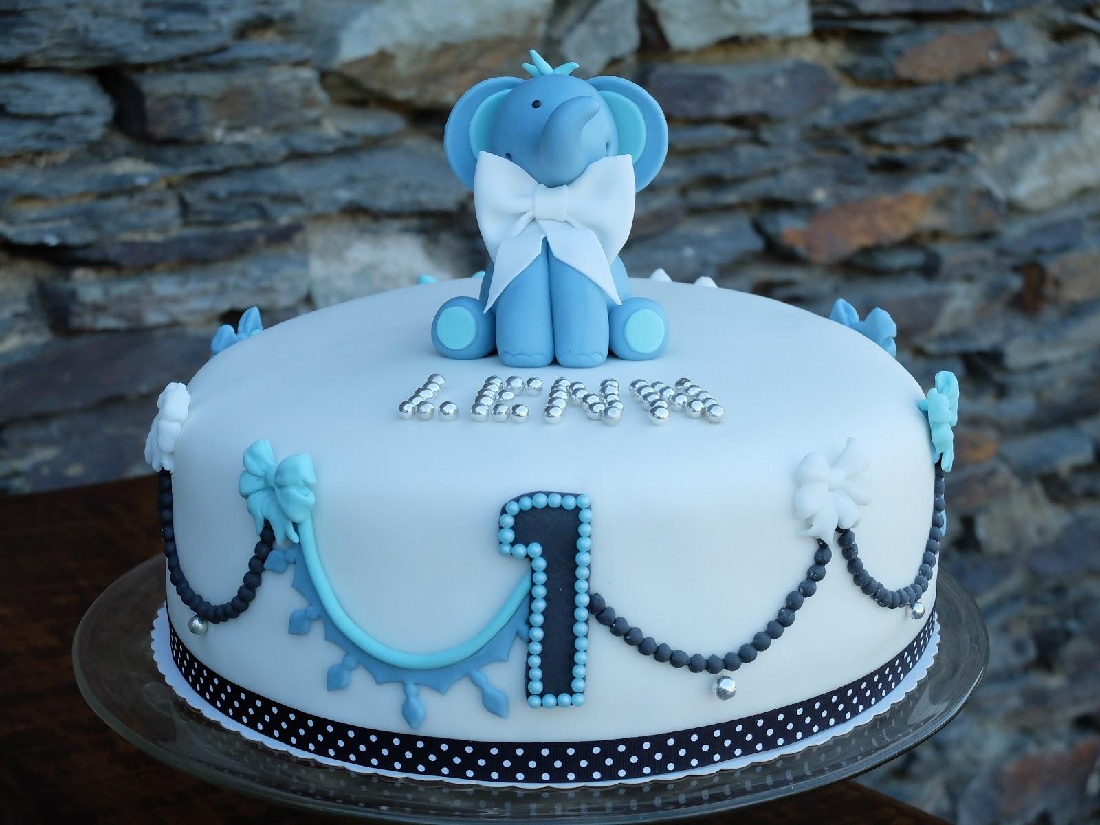 Jil's Fluffy Pastries: Torte Zum 1 Geburtstag - Kleiner Elefant in Geburtstagstorte Zum 1 Geburtstag
