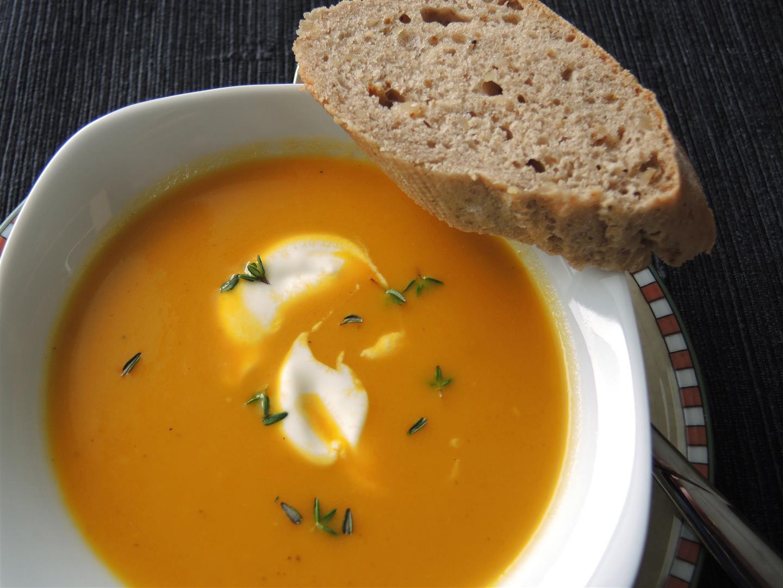 Karotten-Ingwer-Suppe Nach New Yorker Art - Chilirosen ganzes Karotten Orangen Ingwer Suppe Rezept