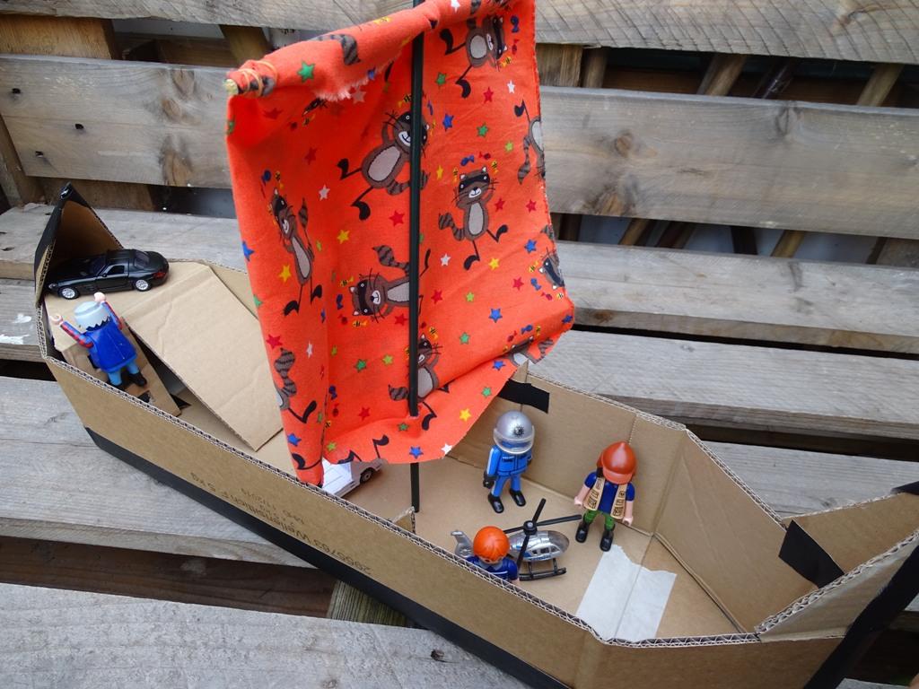 Karton-Upcycling: Wir Basteln Ein Schiff - Vlikeveronika über Bastelvorlage Piratenschiff