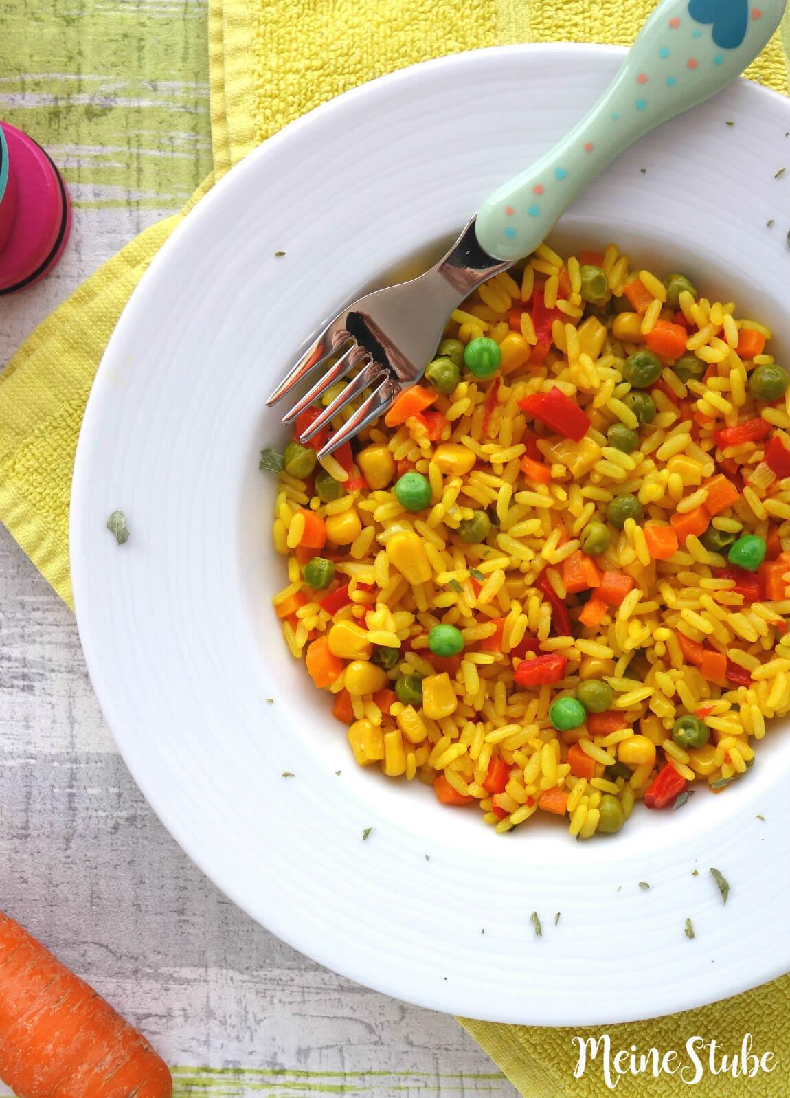 Kinder Paella Mit Buntem Gemüse, Ein Vegetarisches bestimmt für Mittag Für Kinder