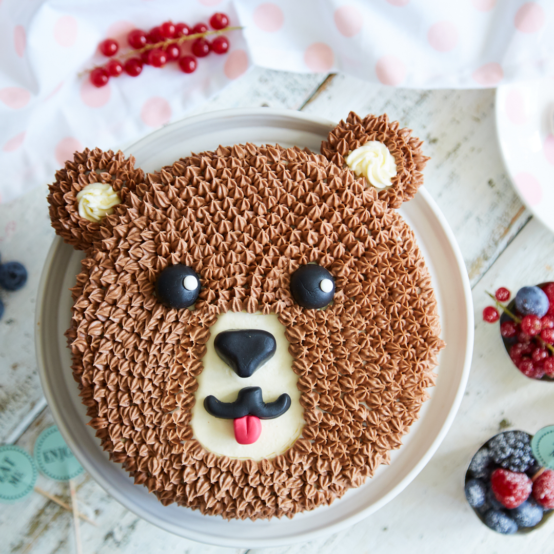 Kindergeburtstag Mit Brummbär-Torte innen Geburtstagstorte Für Kinder
