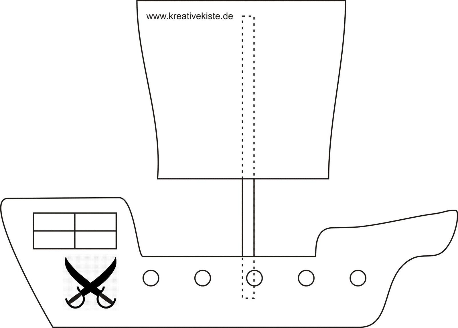 Laubsäge Vorlagen mit Bastelvorlage Piratenschiff