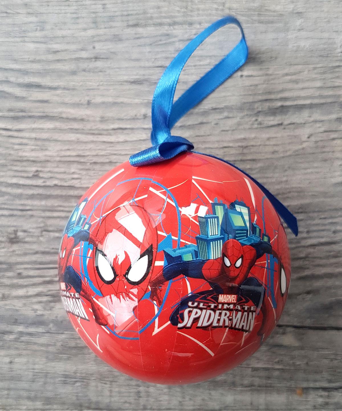 Marvel Weihnachtskugeln Als Coole Baumdekoration Online für Weihnachtskugeln Comic