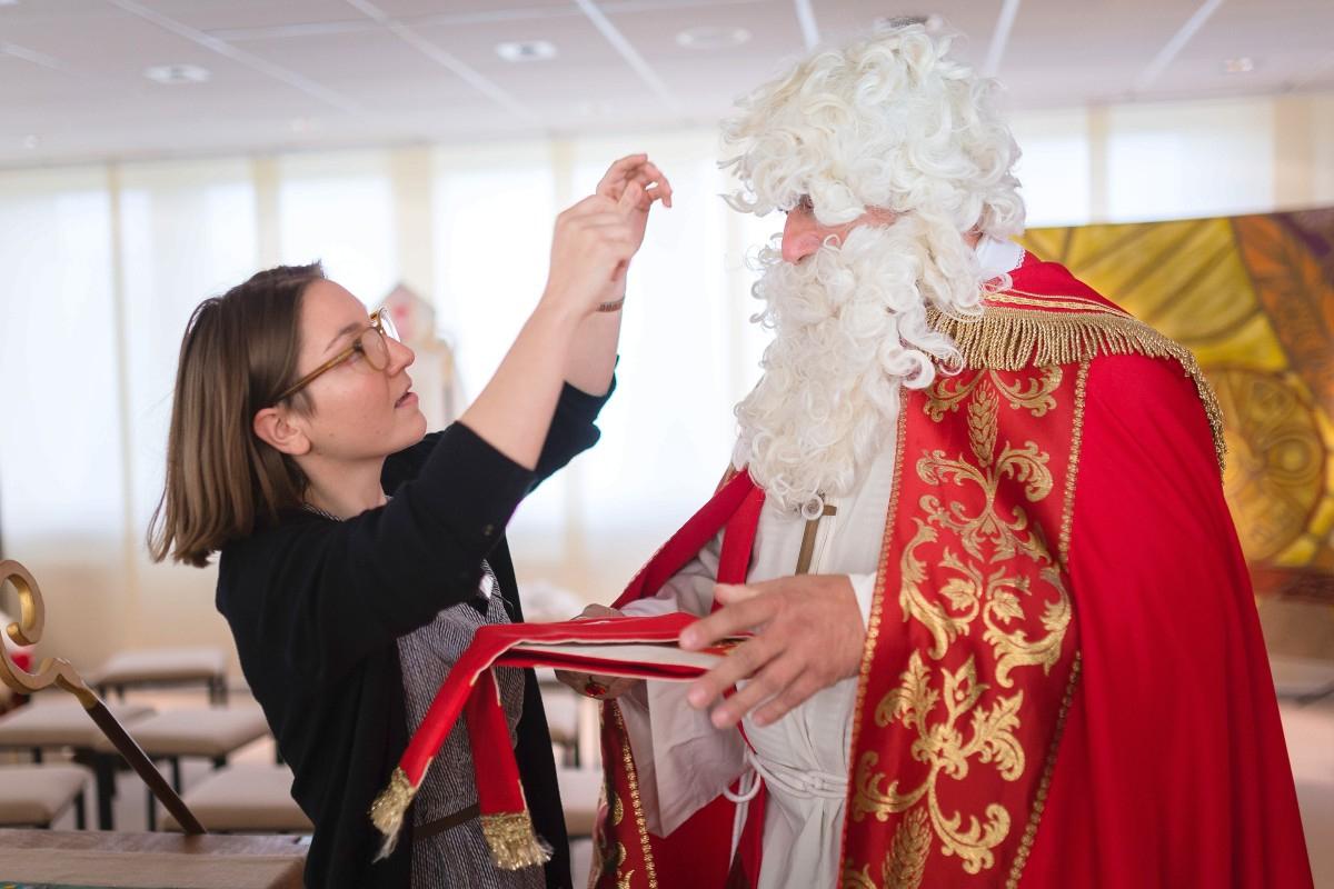 Mit Dem Nikolaus Zur Schule Gehen, Ganz Ohne Rute - Derwesten.de bestimmt für Nikolausfeier Für Erwachsene Gestalten