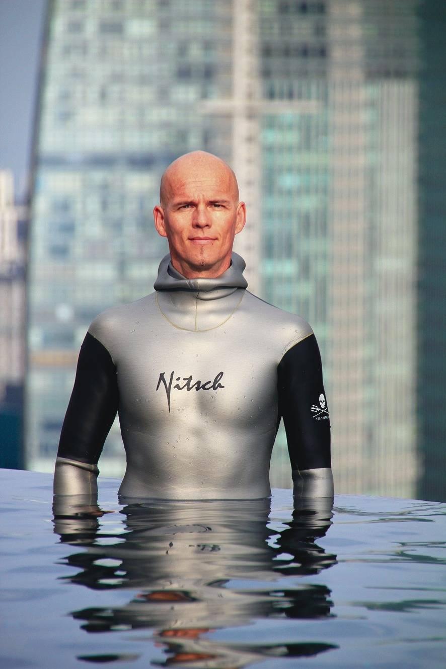 Mit Einem Atemzug Tauchte Herbert Nitsch 253 Meter Tief verwandt mit Wie Lange Kann Man Die Luft Anhalten