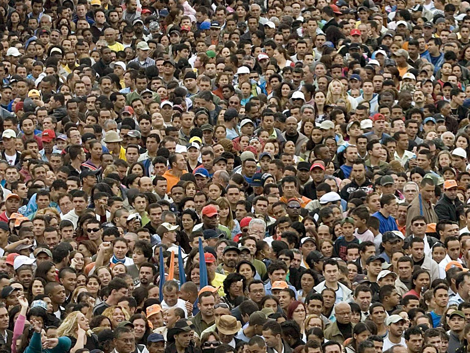 Mit Fast Acht Milliarden Menschen In Die Neue Dekade bestimmt für Wie Viele Menschen Leben Auf Der Erde