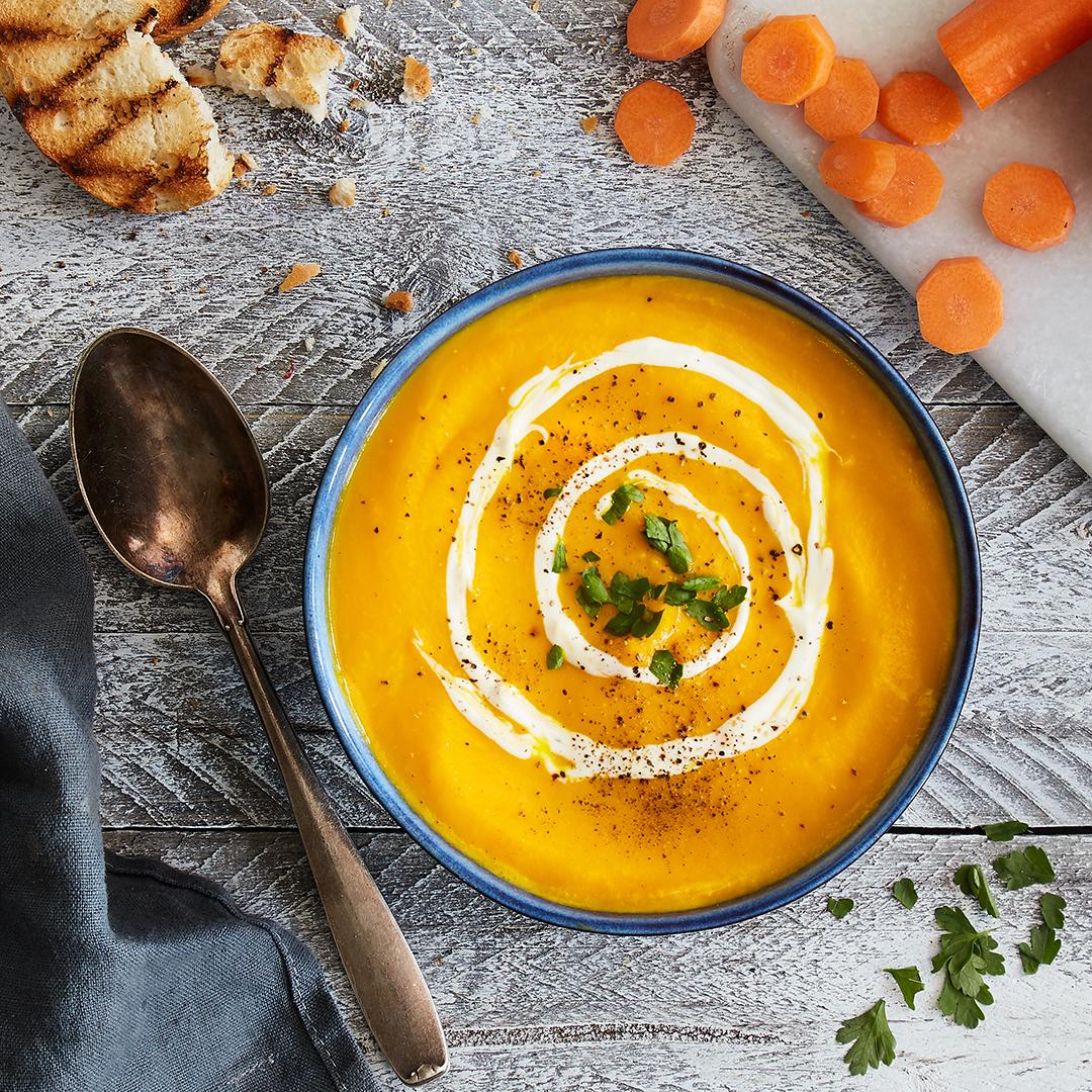Möhren-Orangen-Suppe Mit Ingwer in Karotten Orangen Ingwer Suppe Rezept