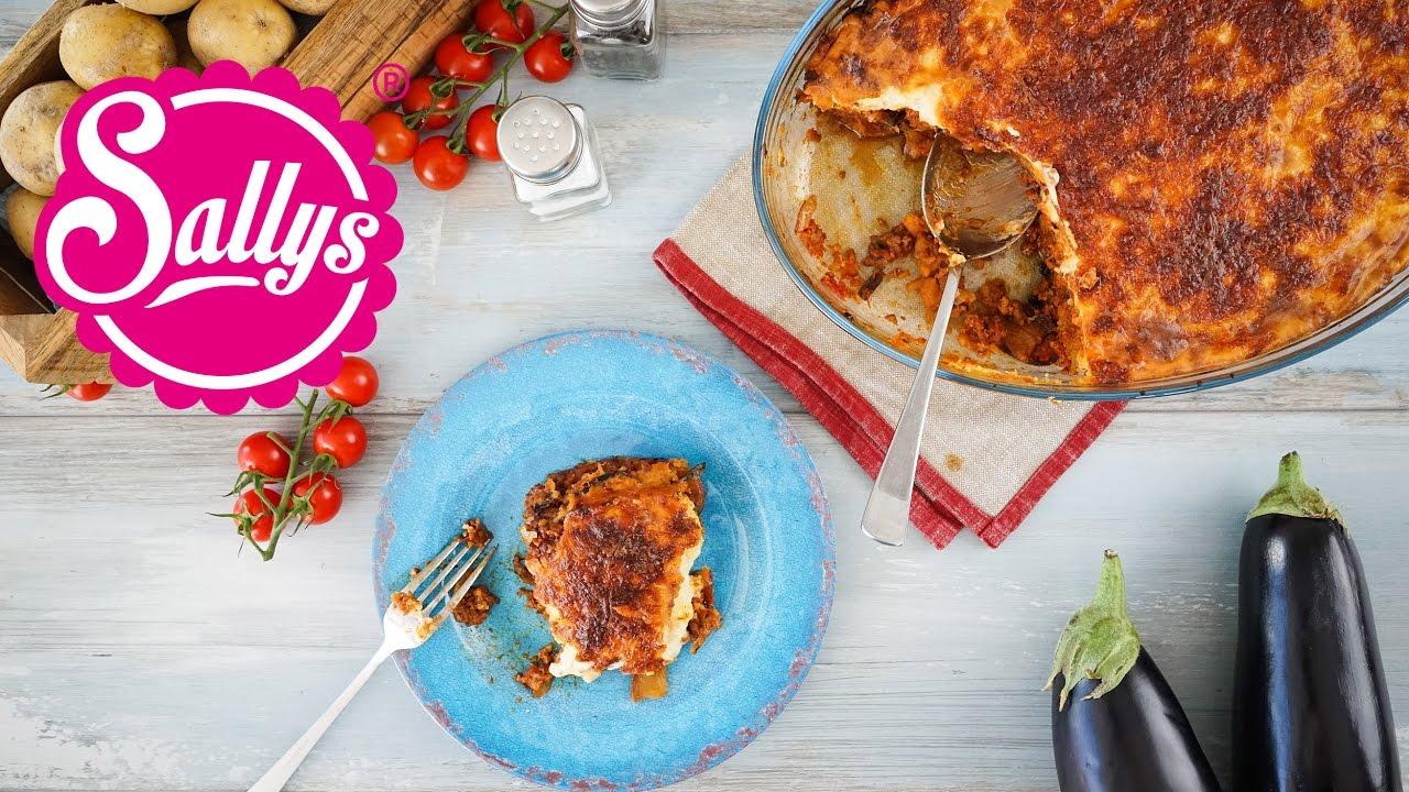Moussaka – Griechischer Auberginen-Kartoffel-Auflauf Mit Hackfleisch &  Bechamel-Soße / Sallys Welt ganzes Moussaka Rezept Kartoffeln Hackfleisch