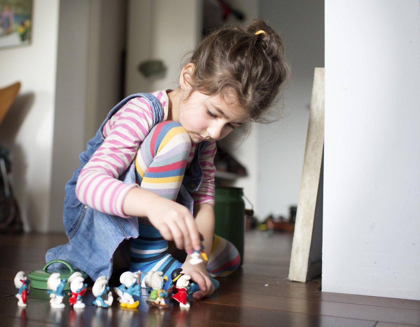 Ab Welchem Alter Dürfen Kinder Alleine Zu Hause Bleiben
