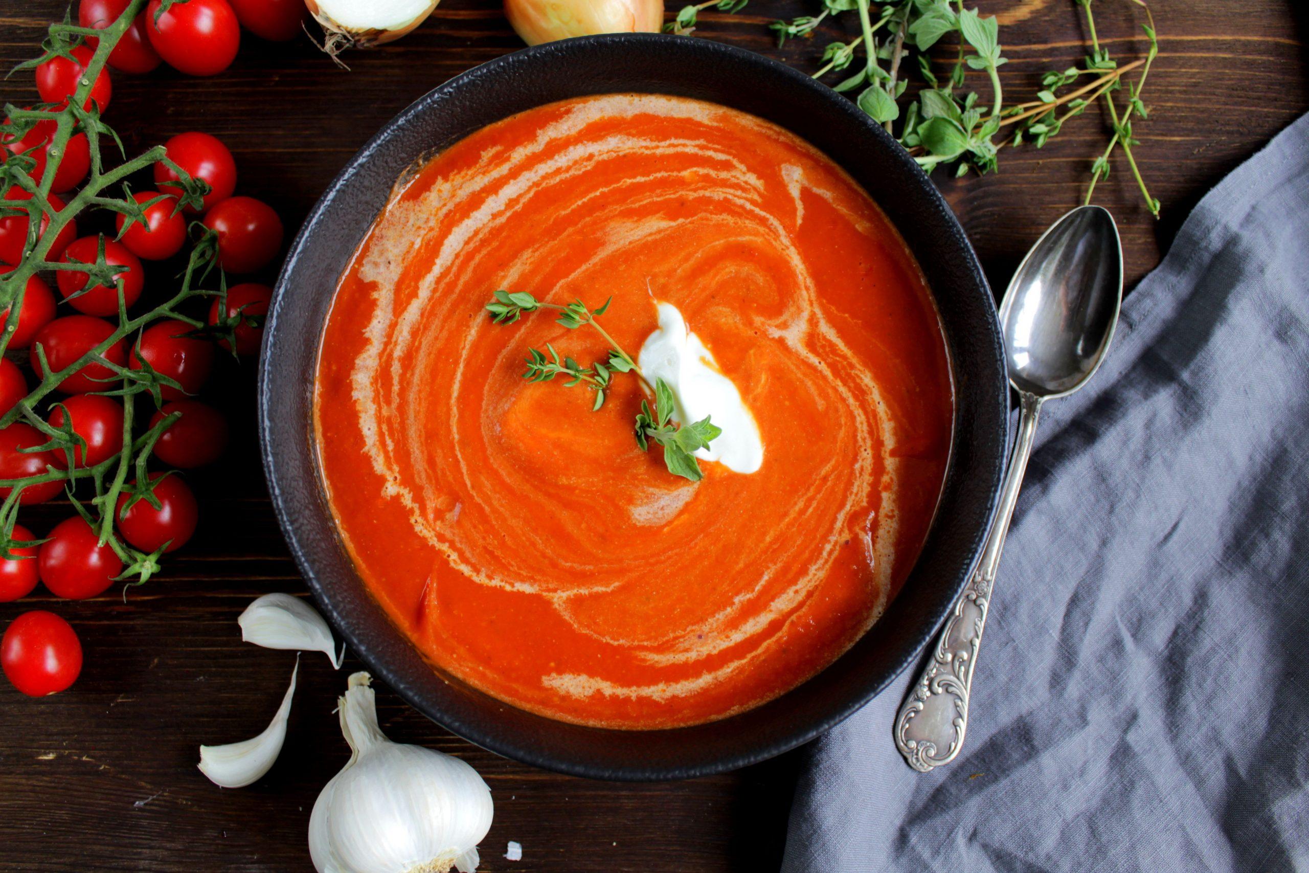 Ofengeröstete Tomatensuppe – Aromenzauber Pur   Tomaten verwandt mit Tomatensuppe Aus Passierten Tomaten