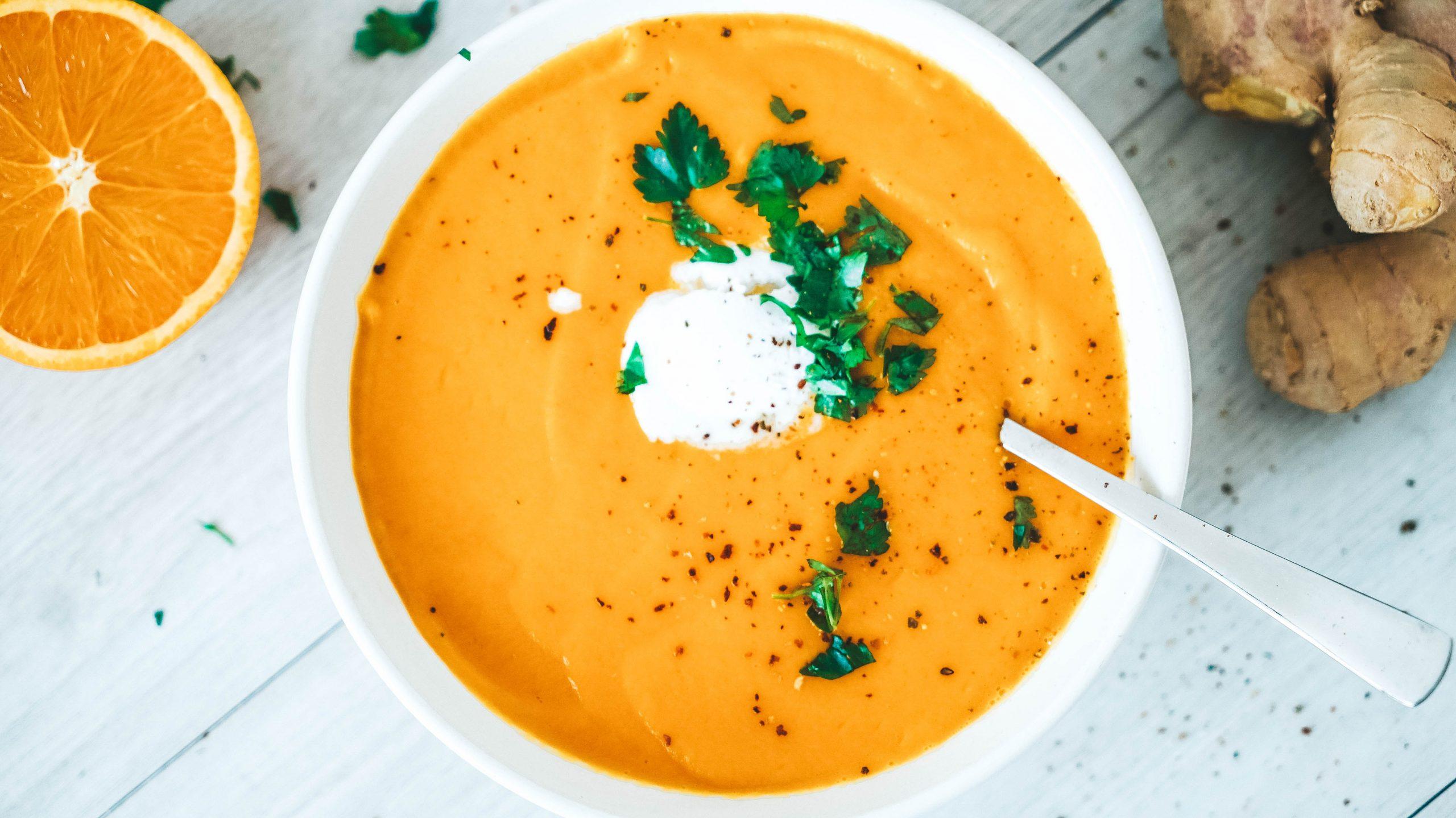 Orangen-Karotten-Suppe Mit Ingwer über Karotten Orangen Ingwer Suppe Rezept