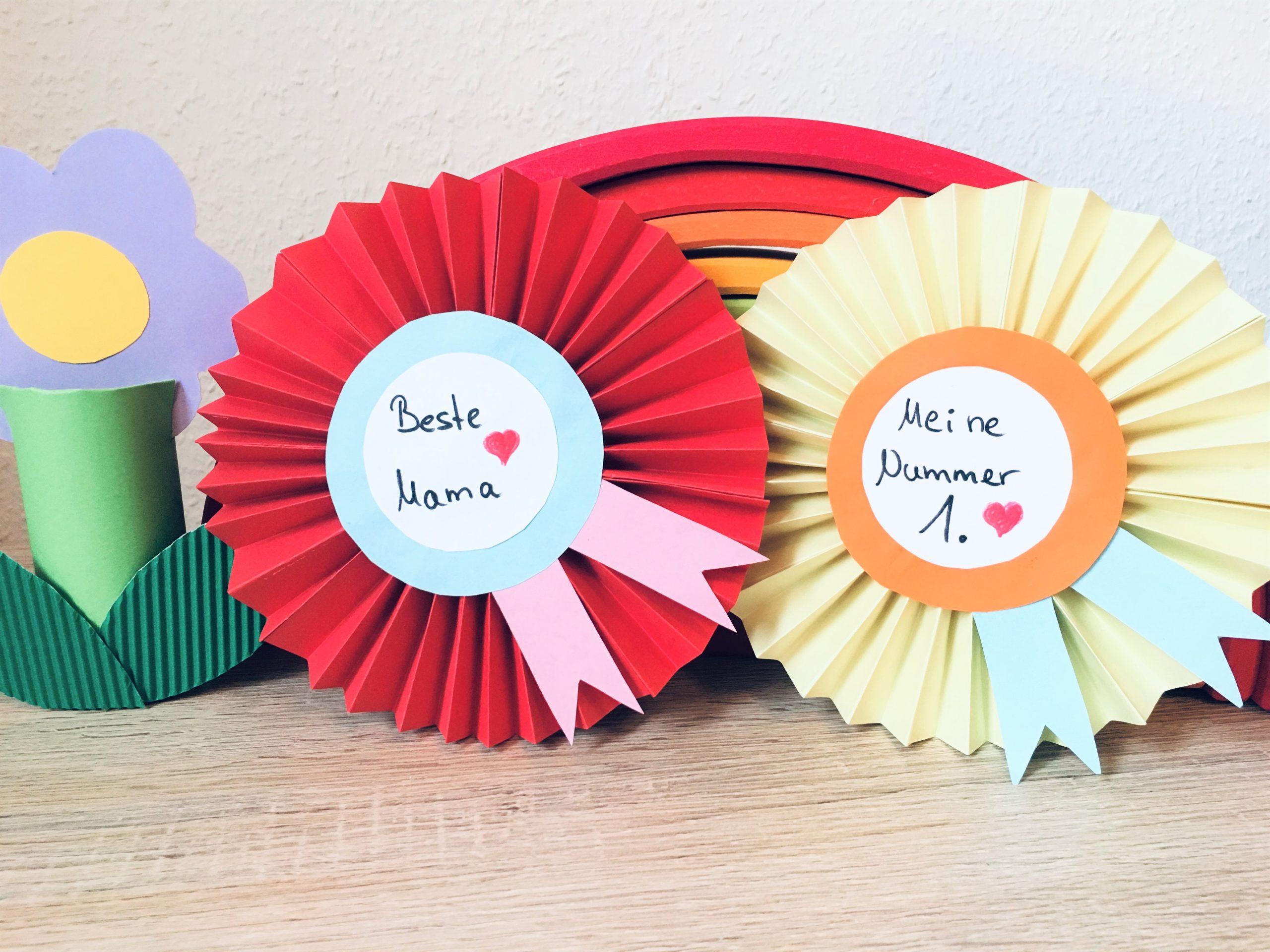 Orden Aus Papier Basteln - Basteln Für Muttertag | Der ganzes Was Kann Man Zum Muttertag Machen