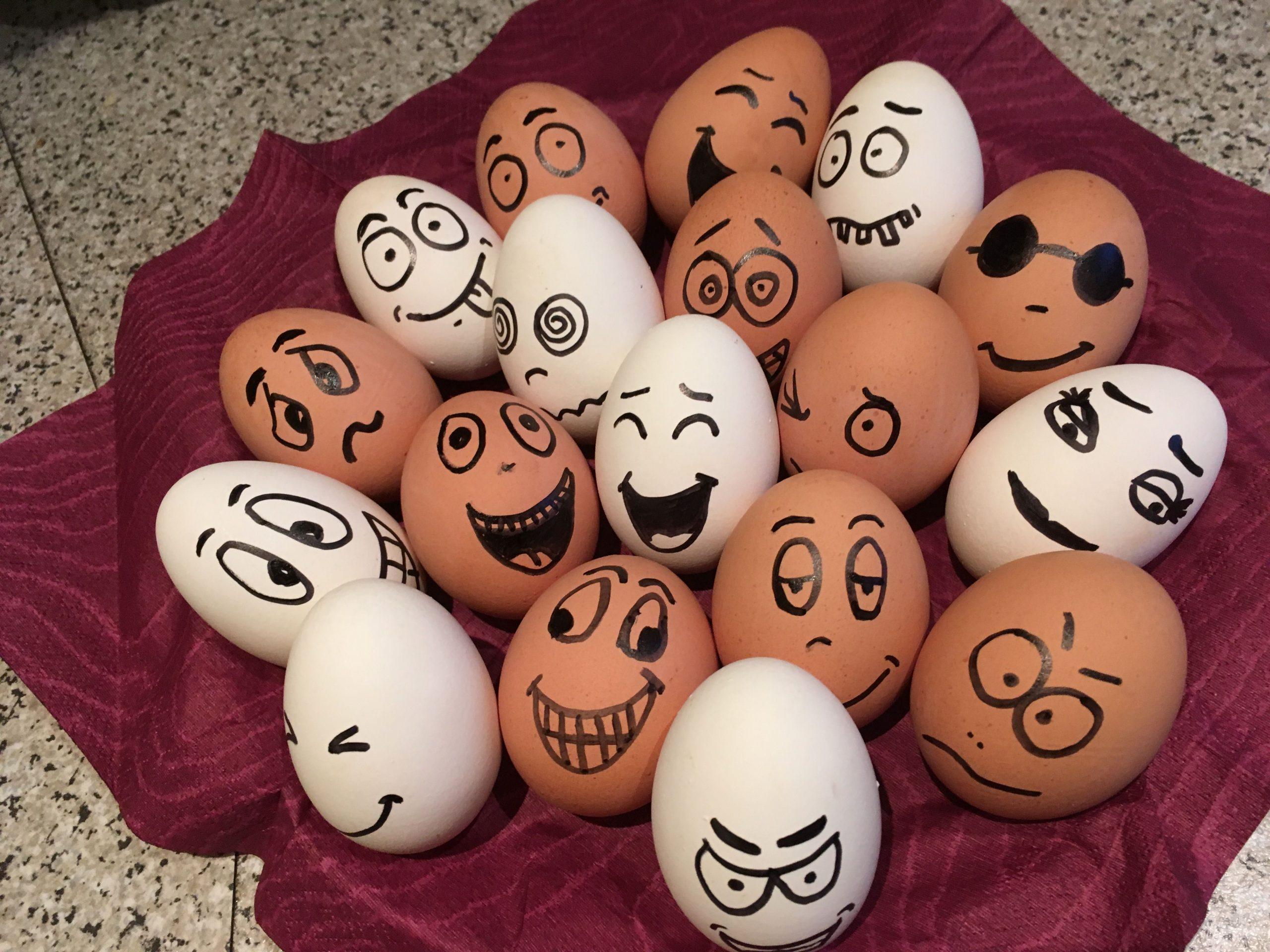 lustige gesichter auf eiern - kinderbilder.download